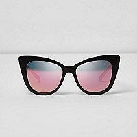 Zwarte cat-eye-zonnebril met roze revo glazen