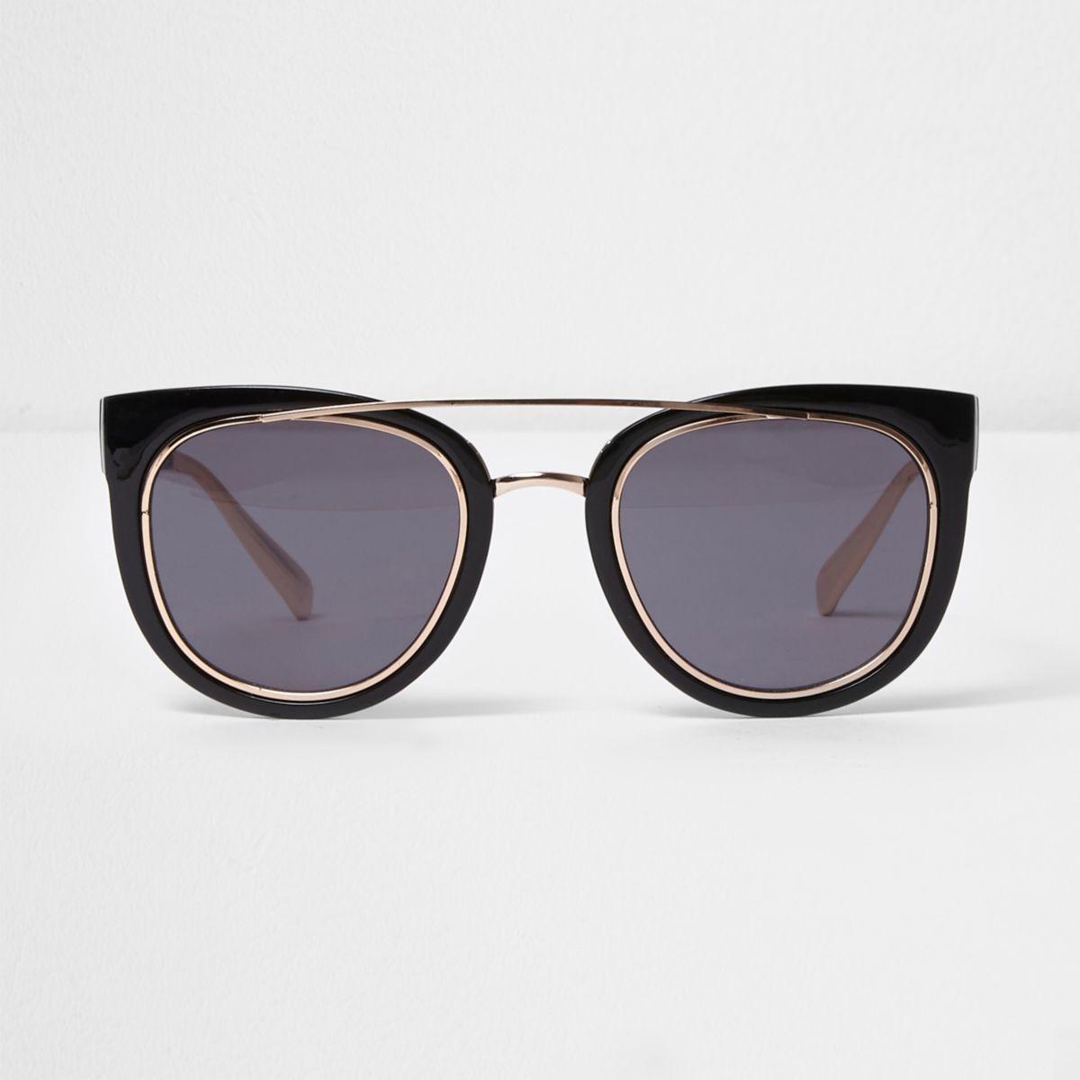 Black brow bar smoke lens sunglasses