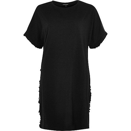 Zwart oversized T-shirt met zijsplit en ruches