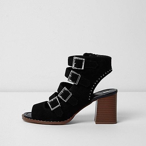Sandales noires à talon carré et brides multiples