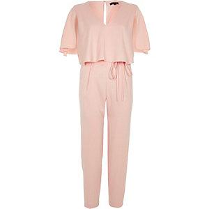 Combinaison rose clair fuselée style cape