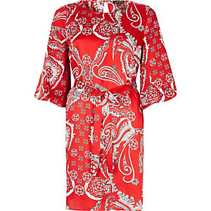 Red paisley puff sleeve dress