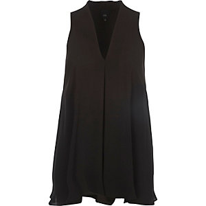 Black sleeveless swing blouse