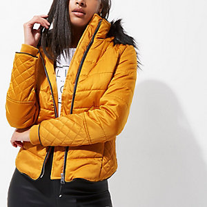 Yellow quilted fur trim puffer jacket