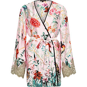 Pink jungle print lace sleeve robe