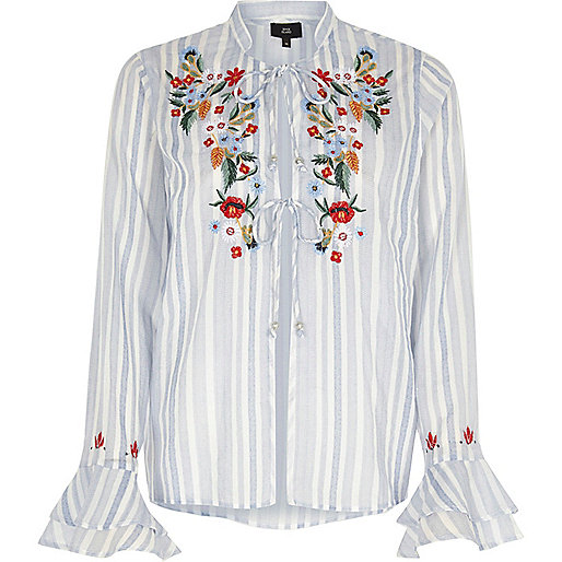 Blue stripe embroidered frill pajama top