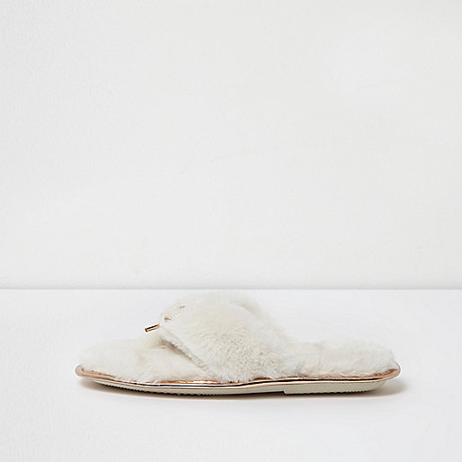 Cream faux fur bow front flip flop slippers