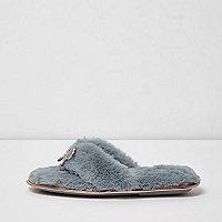 Light blue faux fur bow flip flop slippers