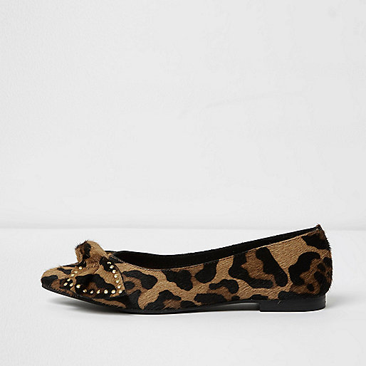 Brown leopard print bow front shoes