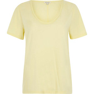 Yellow scoop neck T-shirt