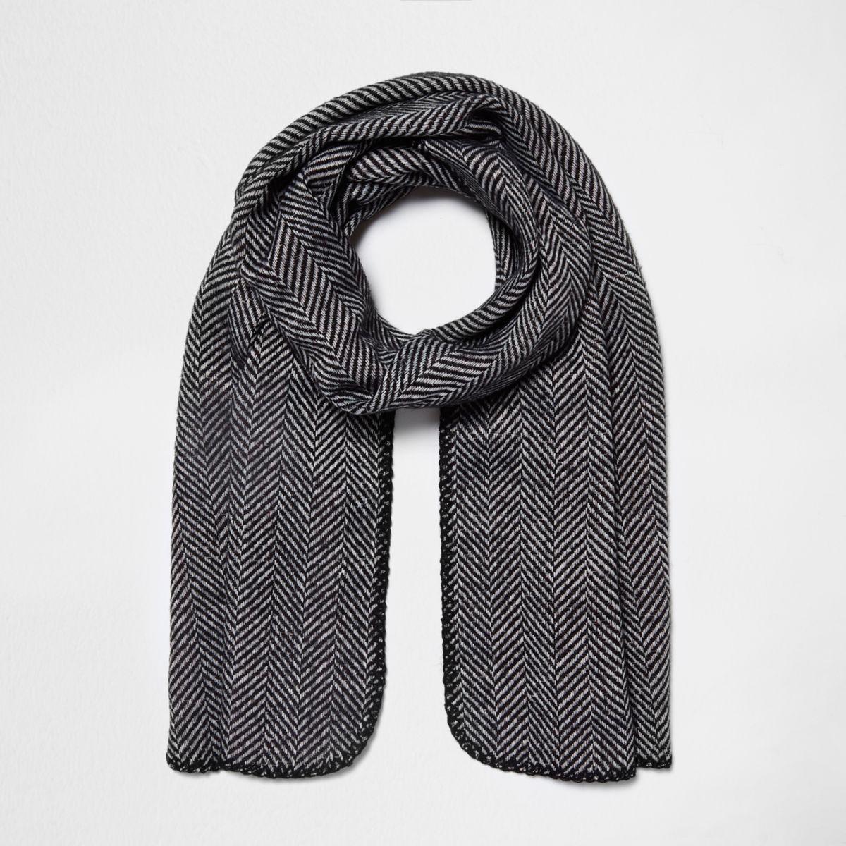 Black herringbone print reversible knit scarf