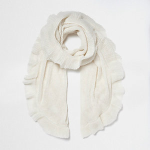 Cream frill hem knit scarf