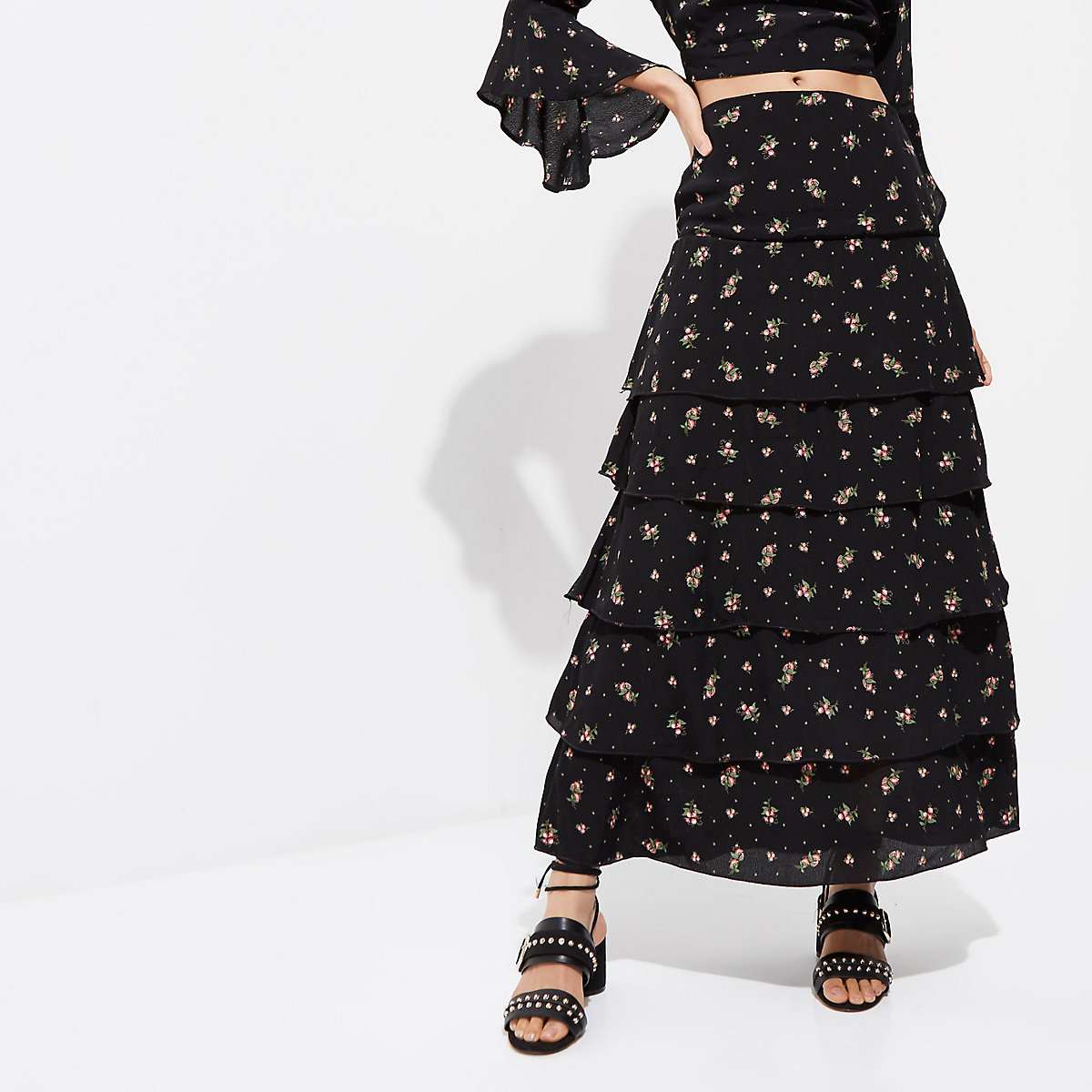 30222bdcfe5 Black ditsy floral print tiered maxi skirt - Maxi Skirts - Skirts ...