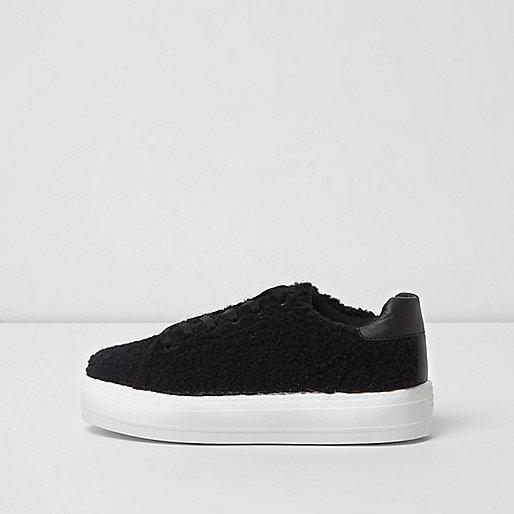 Black fleece lace-up sneakers