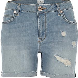 Short en jean boyfriend bleu délavé usé