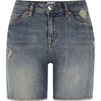 Middenblauwe distressed denim boyfriend short