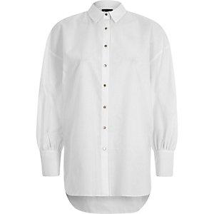 Chemise oversize blanche à manches bouffantes