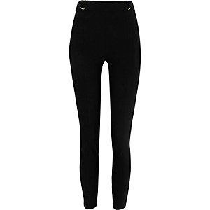 Black D-ring skinny high waisted pants