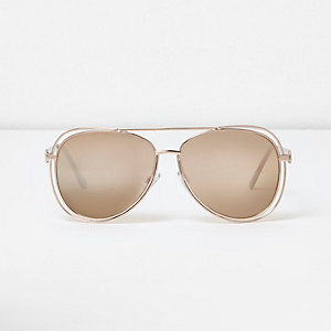 Gold tone trim aviator sunglasses
