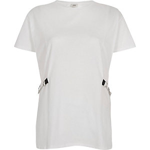 White chain side boyfriend T-shirt