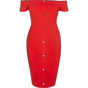 Rotes Kleid mit Druckknöpfen