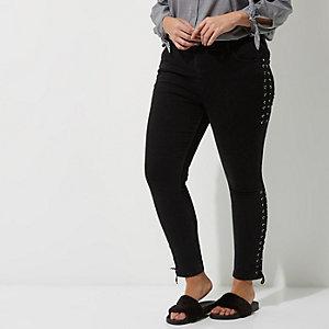 RI Plus - Amelie - Zwarte superskinny jeans met vertersluiting