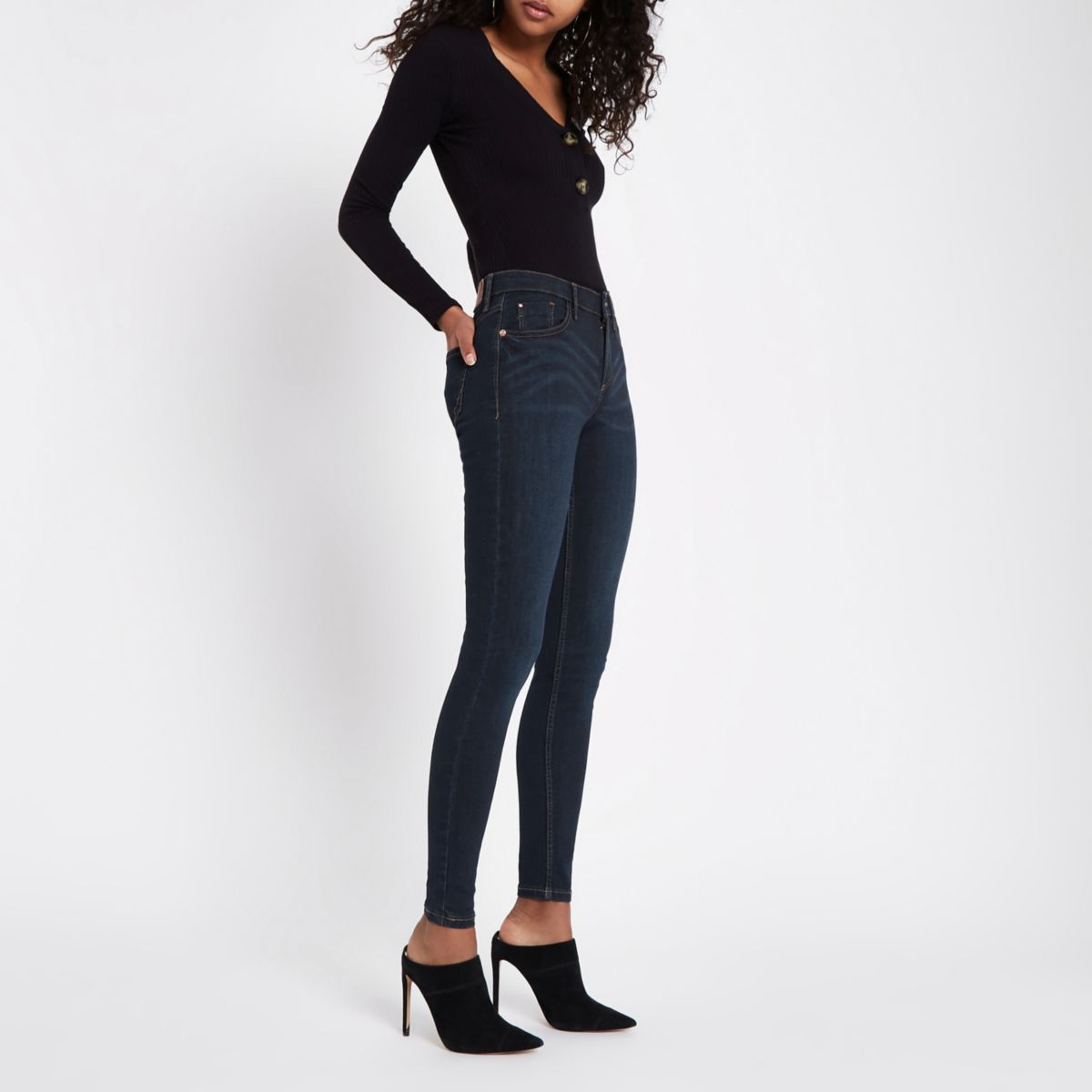 Free shipping and returns on skinny jeans for women at ketauan.ga Shop for skinny jeans by wash, rise, waist size, and more from brands like Articles of Society, Topshop, AG, Madewell, and more. Free shipping and returns.