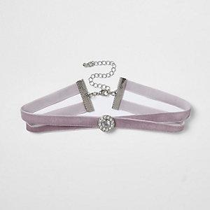 Ras-de-cou en velours violet clair motif cercle à strass