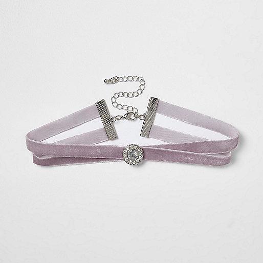 Light purple velvet diamante circle choker