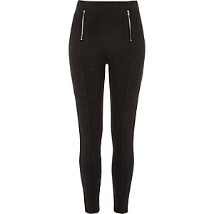 Skinny Fit Hose mit Fischgrätmuster