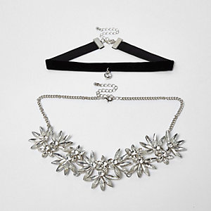 Silver tone floral rhinestone velvet choker set