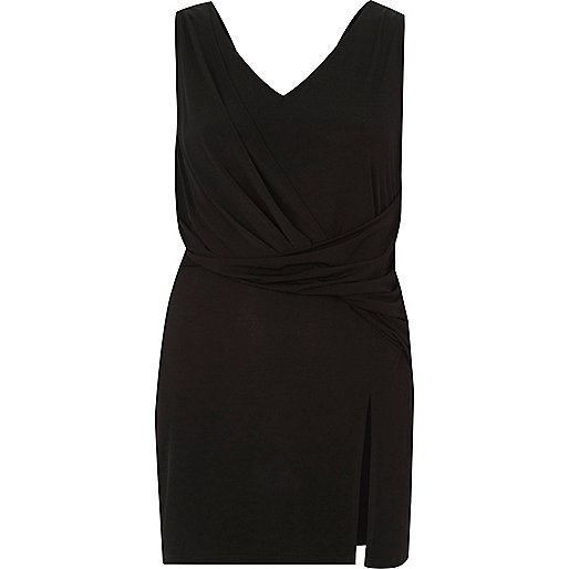 Black twist front sleeveless longline top