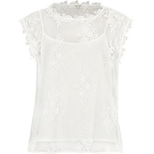 White floral lace cap sleeve top