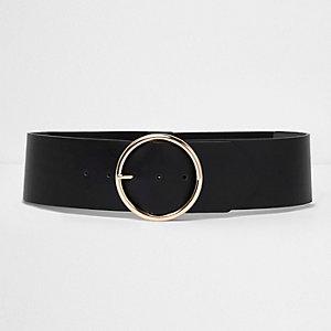 Schwarzer, elastischer Gürtel mit runder Schnalle