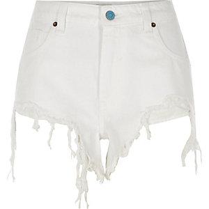 Short en jean déchiré blanc échancré