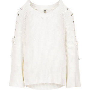 White tie shoulder flared sleeve knit sweater