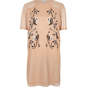 Light pink mesh embroidered T-shirt dress