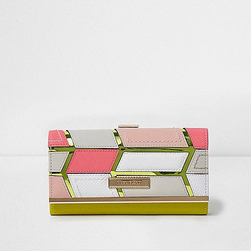 Pink cutabout metallic clip top purse