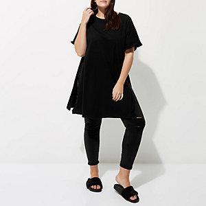Plus –T-shirt oversize noir à volant