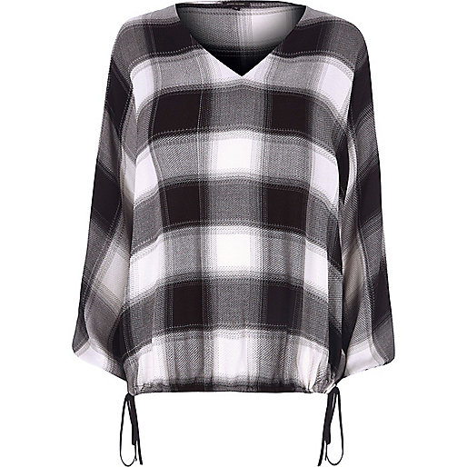 Black check split sleeve ruched hem top