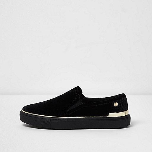 Black slip on plimsolls