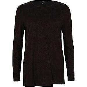 Zwart T-shirt met lange mouwen en verlengde zoom