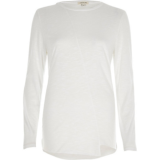 White stepped hem long sleeve T-shirt