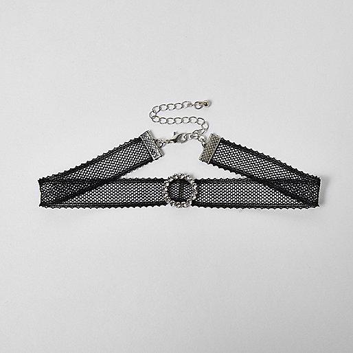 Black lace circle choker