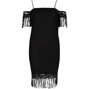 Schwarzes, schulterfreies Trägerkleid mit Spitze
