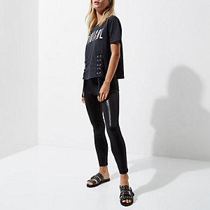 Petite – Legging enduit en cuir synthétique noir