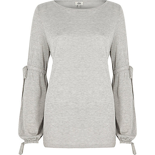 Light grey balloon tie sleeve sweater