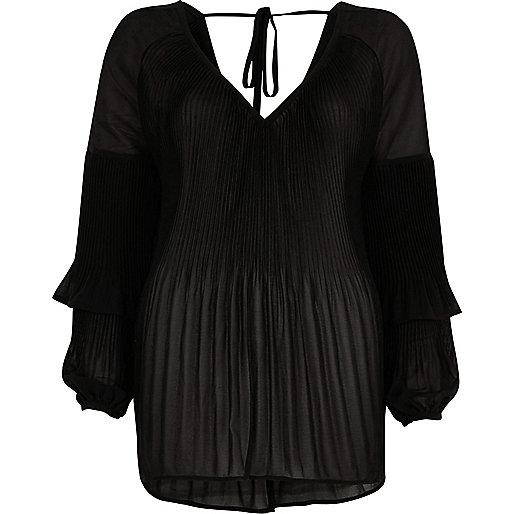 Black plisse frill sleeve blouse