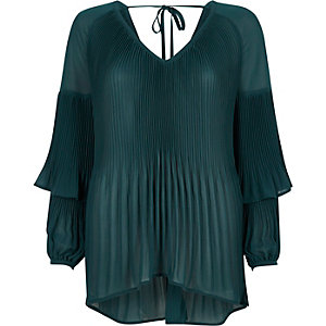 Green plisse long frill sleeve top