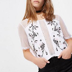 Petite – T-shirt en tulle blanc brodé
